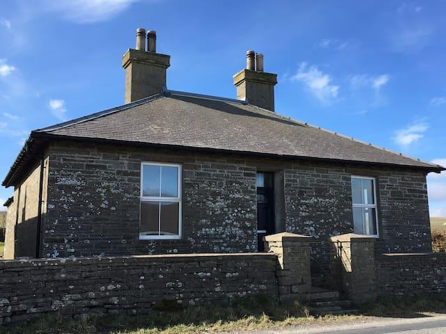 Drill Hall Cottage, Orkney - Evie - Ev