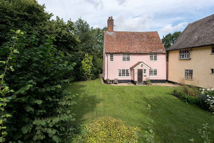 Historic, peaceful, country cottage - Suffolk - Ev