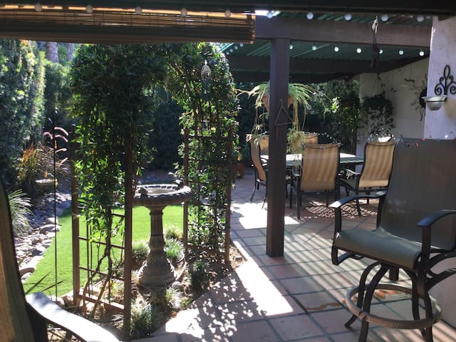 Private garden cottage - Fallbrook - Departamento
