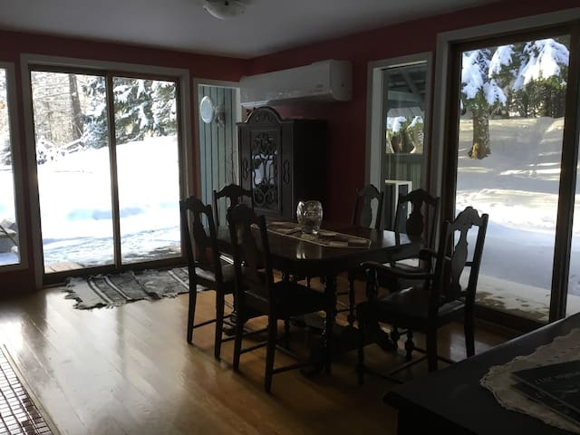 3 BR house Red Mnt ski area - Rossland - Huis