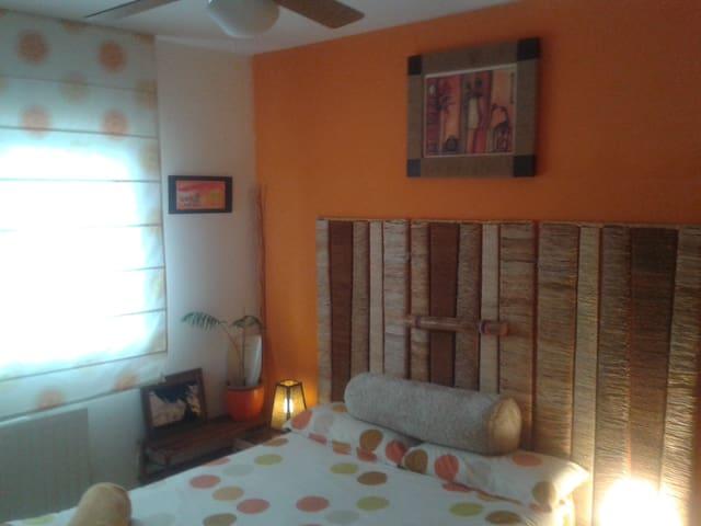 habitacion cama doble viscolástica-BAÑO PRIVADO - Rivas-Vaciamadrid