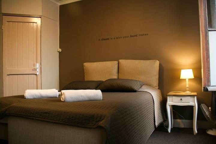 Charme hostel, centrum Brugge - Brugge - Hostel