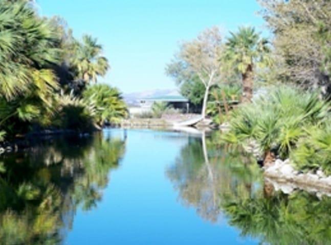 Sarkisian Ranch - Newberry Springs - Feriehjem
