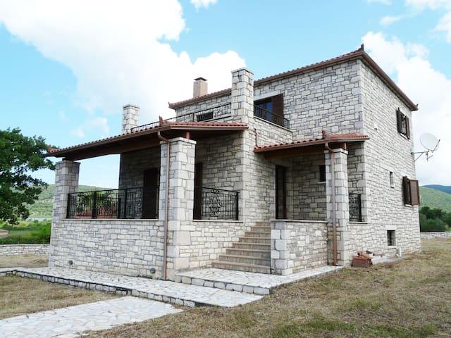 Luxury Villa in Messinia-Neda river - Κοπανάκι
