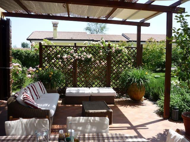 Two elegant dependance - Casale sul Sile - Villa