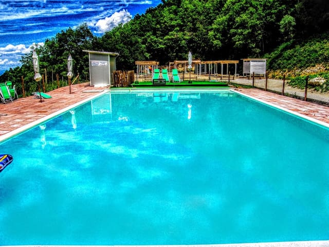 Villa Marianna:APT B, 7 miles/Spoleto centre - Spoleto - Huoneisto