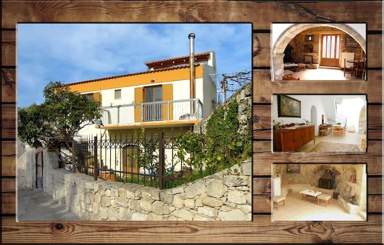 Traditional Cretan Family Home - Agios Andreas - Huis