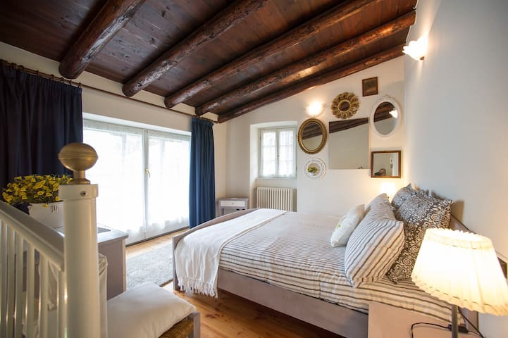 New SuperCentral Charming Cottage - Sondrio - Ev
