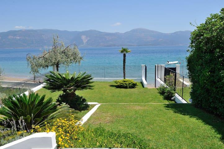 Seaside Villa - Luxury by the sea - Kamares - Villa