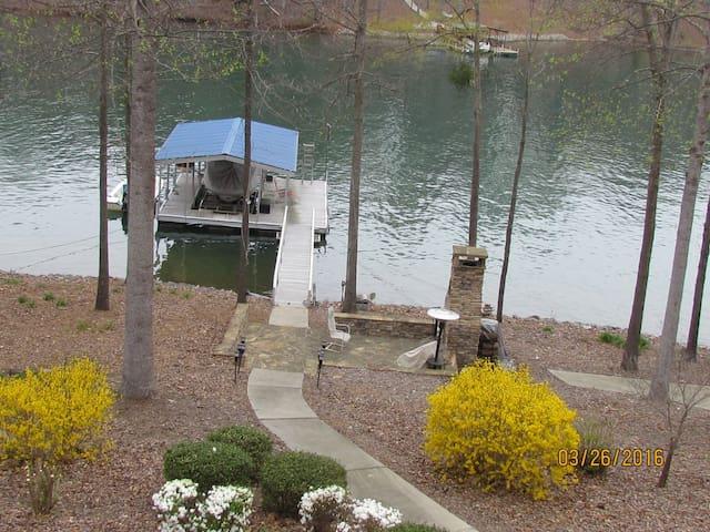 Seneca/Clemson SC on Lake Keowee - Seneca - Daire