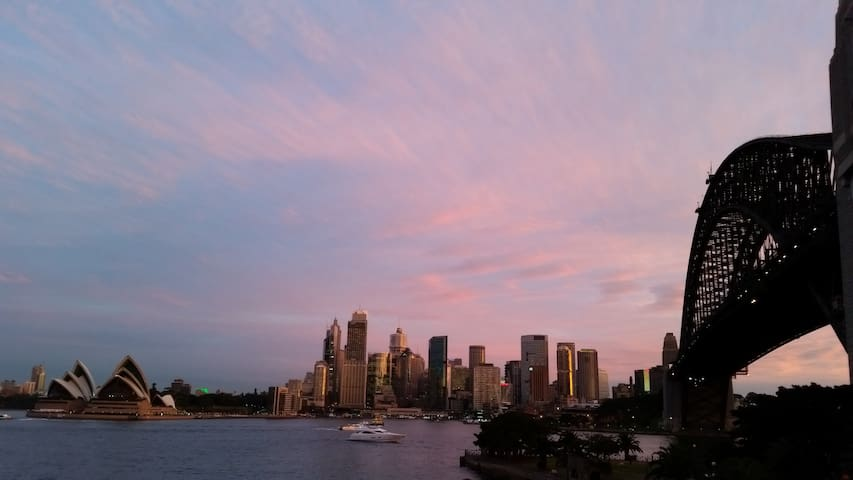 Entire Home with Opera House views - Kirribilli - Leilighet