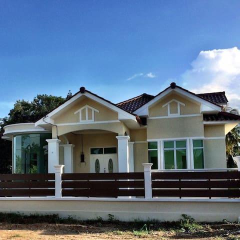 AmVilla Homestay Kota Bharu - Kota Bharu - Ev
