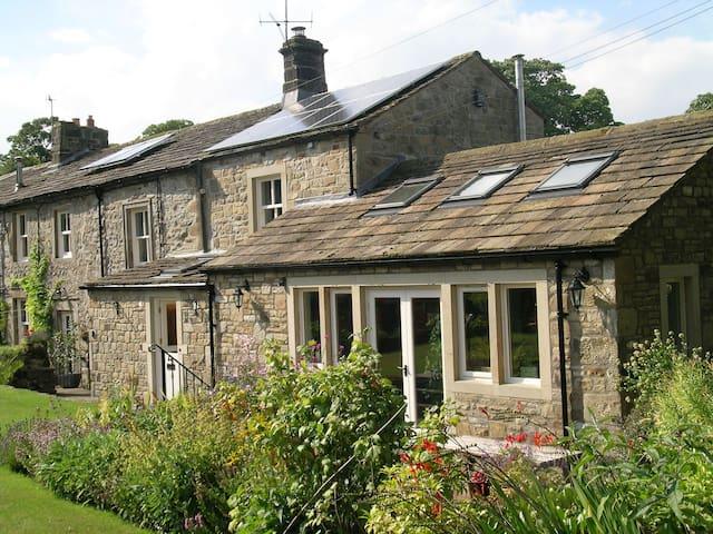 Manor House, Linton-In-Craven - North Yorkshire - Гестхаус