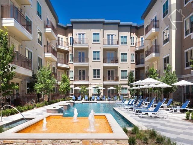 Spacious One Bedroom & Bath in Las Colinas, TX - Irving - Apartmen