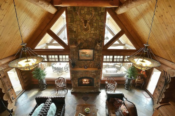 Sleigh Run Farm-Log Lodge, about one hour from NYC - Newton - Natur lodge