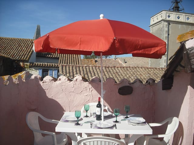 Village house with roof terrace in Paraza - Paraza - Dom
