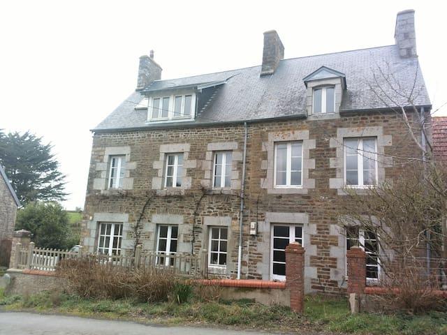 Belle maison très proche de la mer - Saint-Pair-sur-Mer