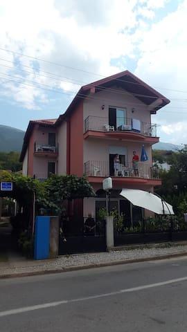 Vila Kristina - MK - Maison