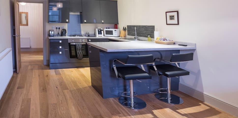 CS Serviced Apartments - Luxury One Bedroom - Ulverston - Leilighet