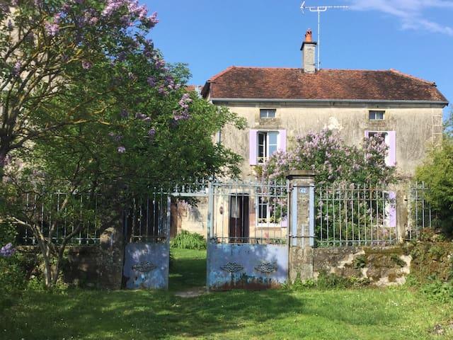 Maison de caractère dans village - Meurcourt - Ev