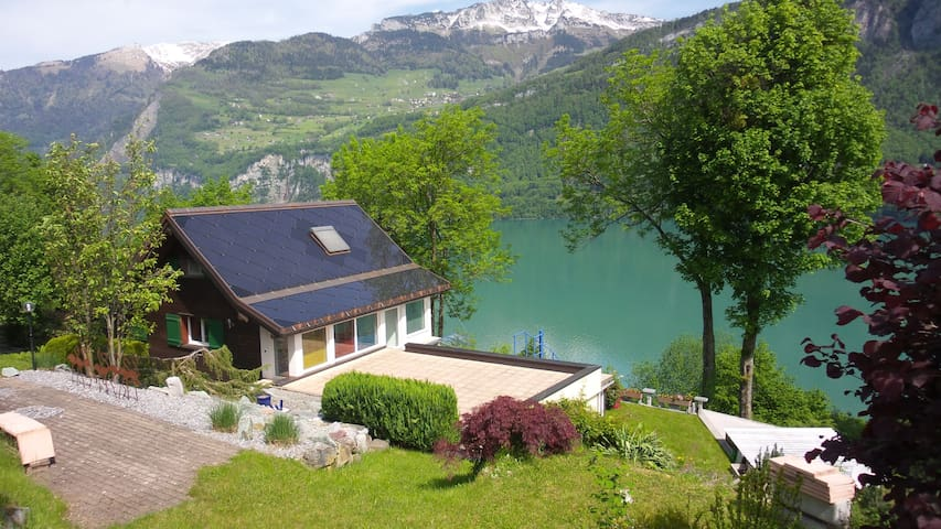 A Day in Paradise - Obstalden - Bed & Breakfast