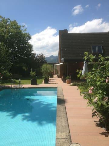 Der Sommer kommt bald - Starrkirch-Wil - Bed & Breakfast
