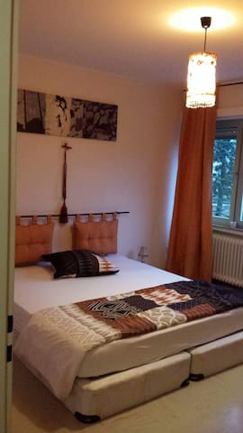 SuJu Sister'S Room 3 (Orange) in Lux-City - Strassen - Daire