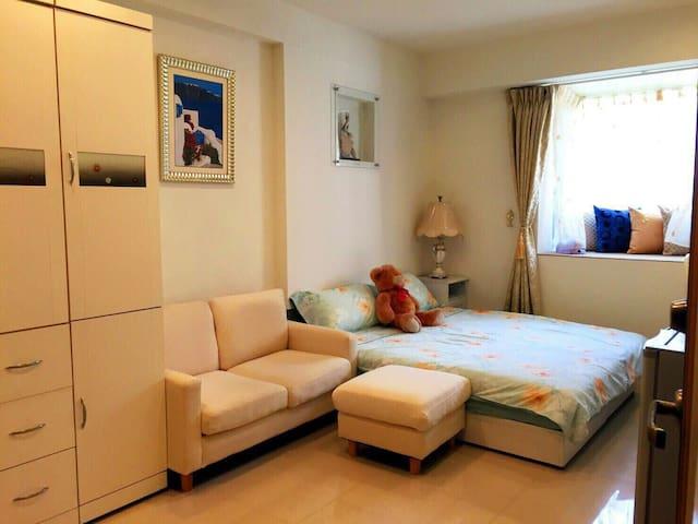 1 Min to MRT Designer's Big Suite 信义一分钟永春站~设计师的大套房 - 台北市, TW - Apartament