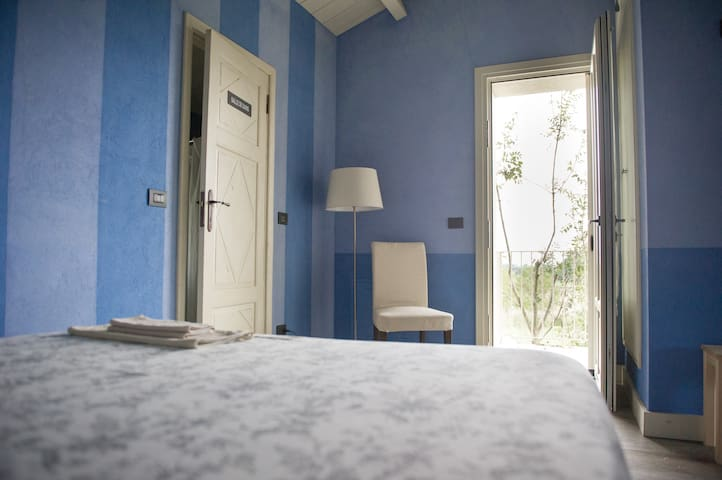 Camera Blu. - Chieri - Bed & Breakfast