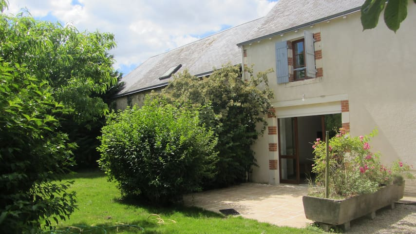 Country house - Holiday cottage in the country - Thénezay - 一軒家