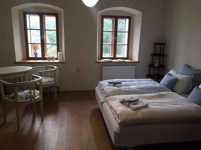 Romantic room in the heart of Úštěk - Úštěk - Huis