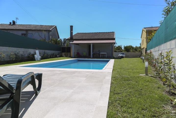 Midway to Braga, Gerês e Caldelas - Barreiros - Haus