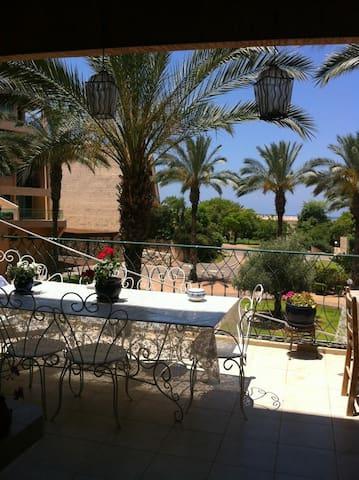 Joli appart dans residence golf - Césarée - Apartament