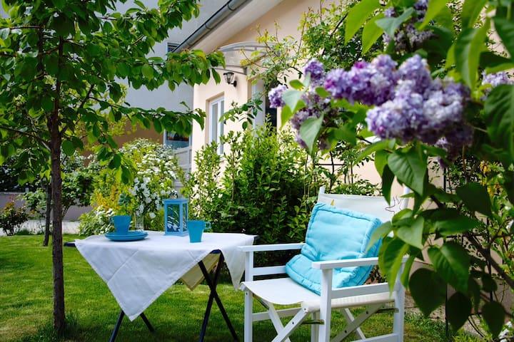 Kleine Ferienwohnung mit Garten - Baden - Apartemen