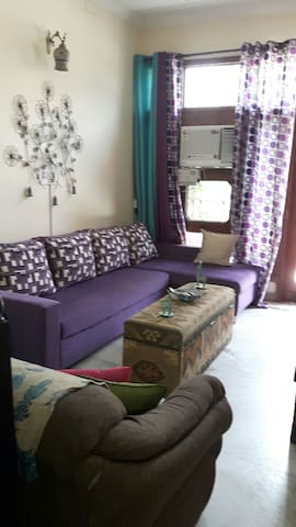 Cosy room with a small courtyard - Sahibzada Ajit Singh Nagar