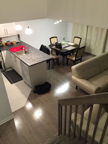 Brand new furnished townhouse - Vaudreuil-Dorion - Rivitalo