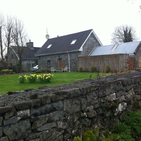 Cottage Near Headford and Cong - Galway
