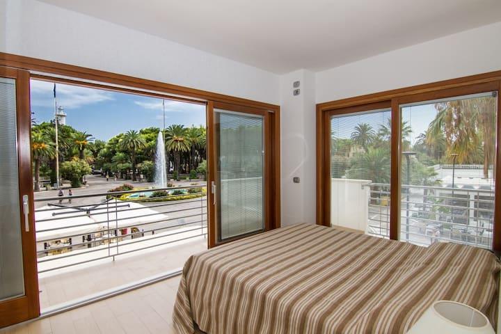 VERY CENTRAL NEAR THE SEA - San Benedetto del Tronto - Apartamento