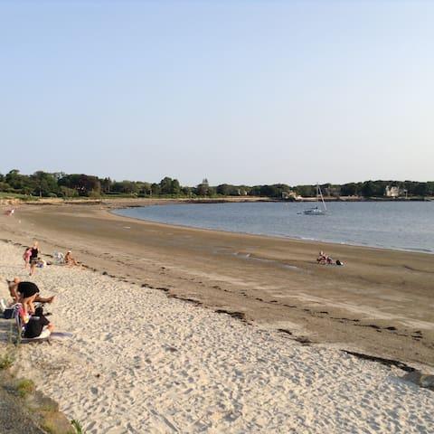 Charming 2 bd apt near beaches. - Gloucester - Leilighet