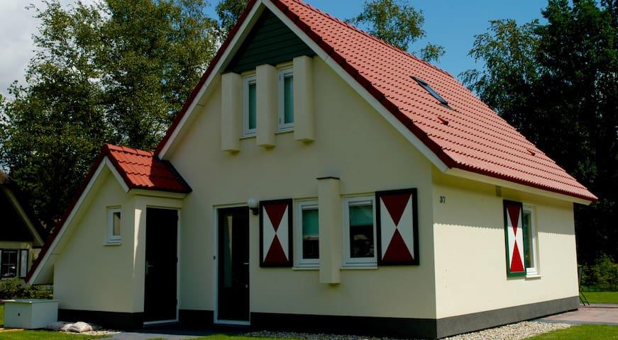 Heerlijke vakantiewoning op particulier park - Heeten - Casa de campo
