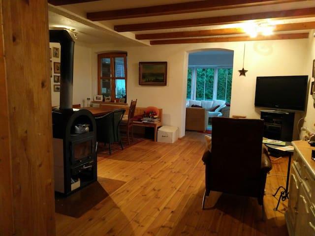 Cozy Bavarian flat close to Munich - Nandlstadt - Appartement
