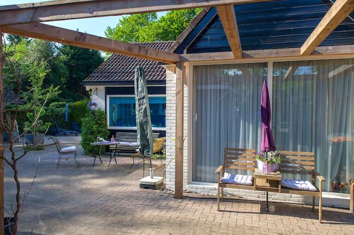 The Blue House - Rolde - Hus