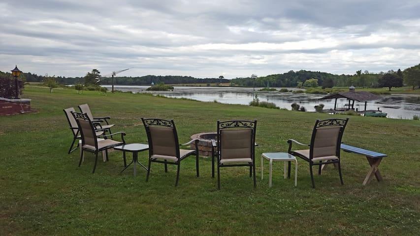 Private Lake Front - North Collins - Casa