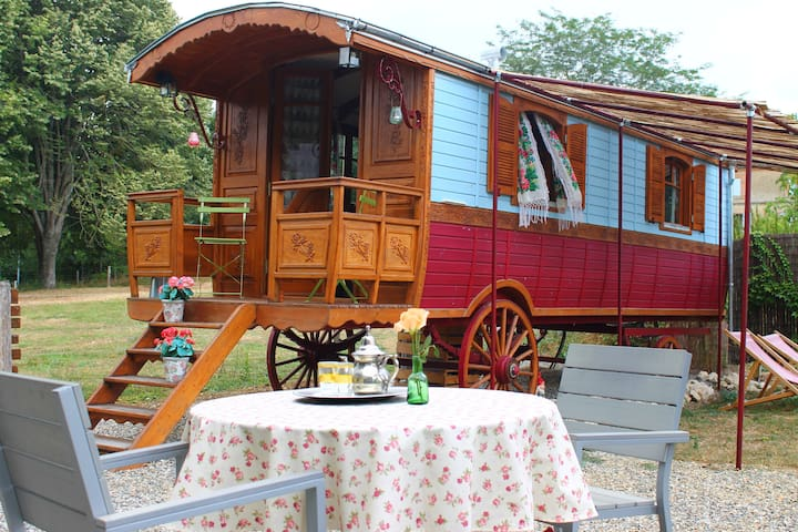 charming 2 persons gypsywagon with private bathroo - Larrazet - Andre