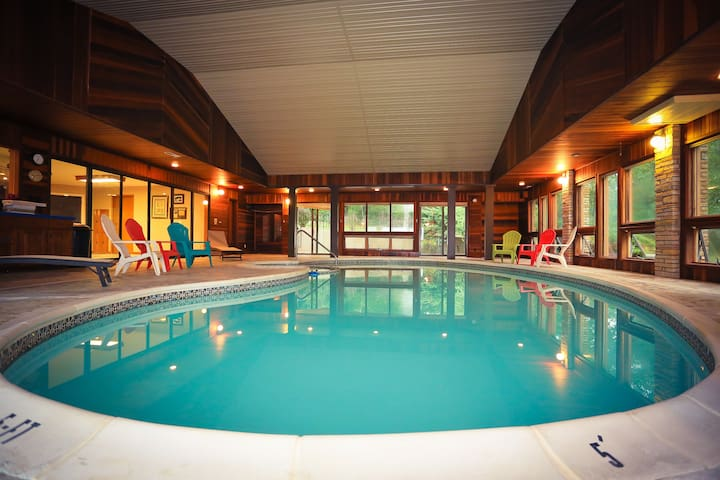 The Lodge At Beaver Lake (Bed&Bkft) - Rogers - Bed & Breakfast