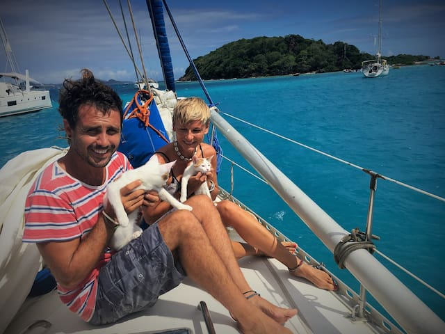 ENJOY THE TROPICS ON OUR SAILBOAT! - Road Town