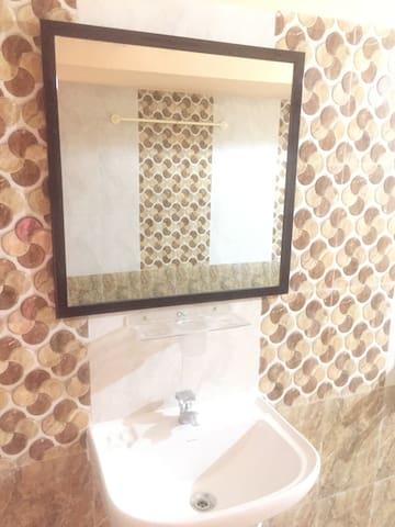 Nungambakkam Stay - Chennai - Gjeste suite