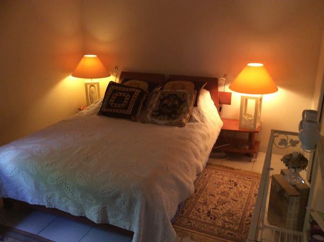 Belle chambre dans région toulousaine - Cugnaux - Bed & Breakfast