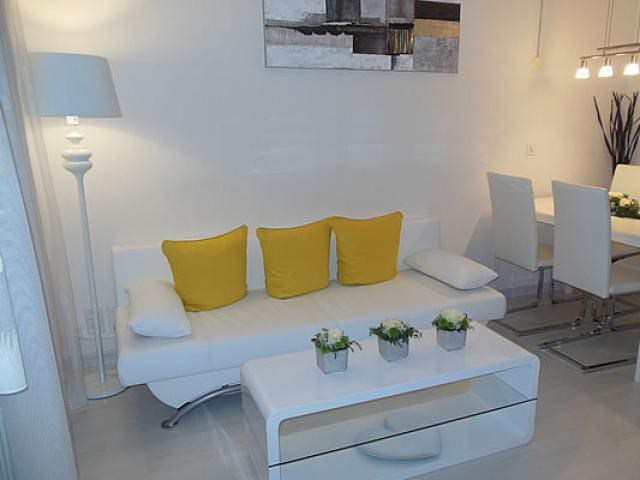 An Appartment that you love - Unterbäch - Casa