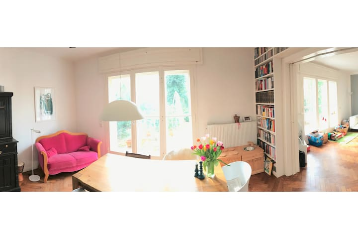 Cosy and bright house for you and your family - Berlin - Hus